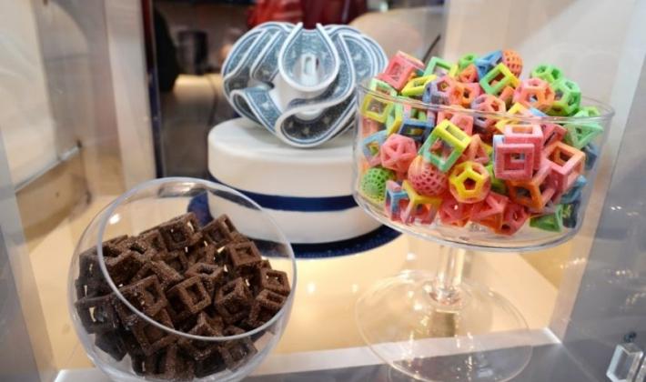 de la nourriture sucrée fabriquée avec une imprimante 3d particulièrement innovante au ces 2014