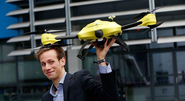 Alec Momont et son drone ambulance