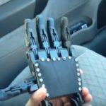 Un adolescent reçoit une prothèse 3D façon Dark Vador
