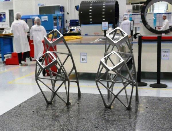 antennes métalliques de satellites imprimés en 3D