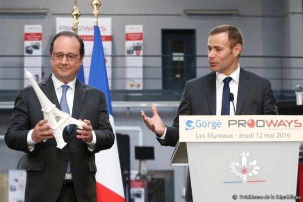 François Hollande en visite chez Prodways : «Vous êtes un exemple pour l'industrie française»