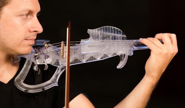 3Dvarius : le premier violon électrique fabriqué par impression 3D désormais disponible sur Kickstarter