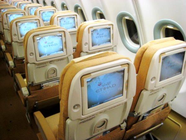 Etihad Airways dévoile la première pièce imprimée en 3D pour intérieur d'avion