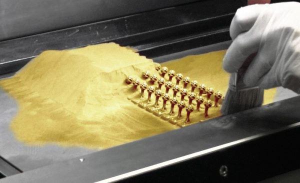 Francéclat réalise 10 bijoux en or directement imprimés en 3D