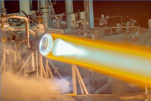 Aerojet Rocketdyne teste avec succès une chambre de combustion en cuivre imprimée en 3D
