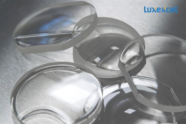 LUXEXCEL lève 10 millions de dollars pour ses verres optiques imprimés en 3D
