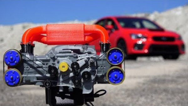 Une reproduction imprimée en 3D d'un moteur Subaru WRX