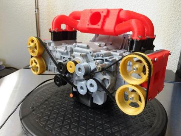 Une reproduction imprim e en 3d d 39 un moteur subaru wrx for Logiciel maquette 3d