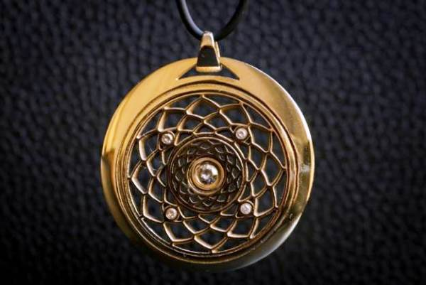 bijoux imprimés en or
