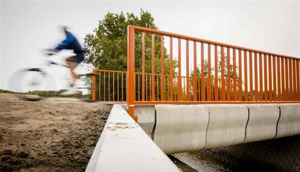 Inauguration du premier pont pour vélos imprimé en 3D