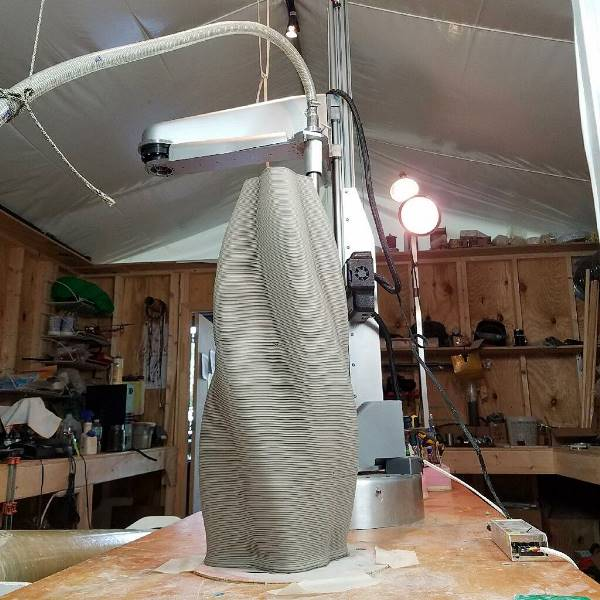 Potterbot XLS-1 : une imprimante 3D grand format pour la céramique