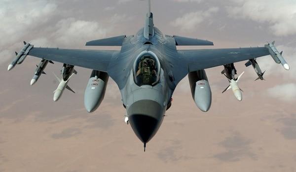 Vol réussi pour un chasseur F/A-18 Super Hornet équipé d'une pièce de moteur imprimée en 3D