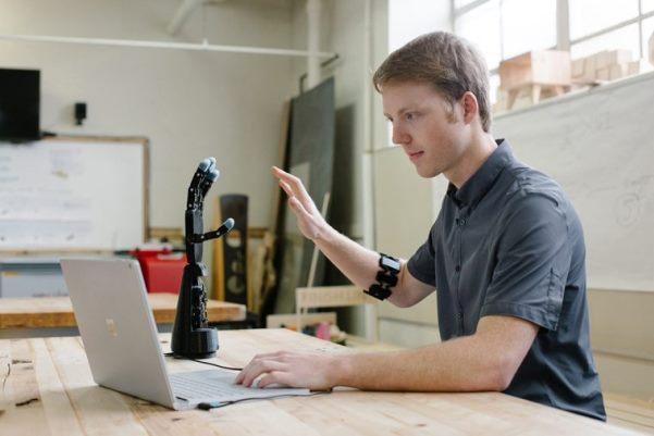 projet de prothèses imprimés en 3D Unlimited Tomorrow