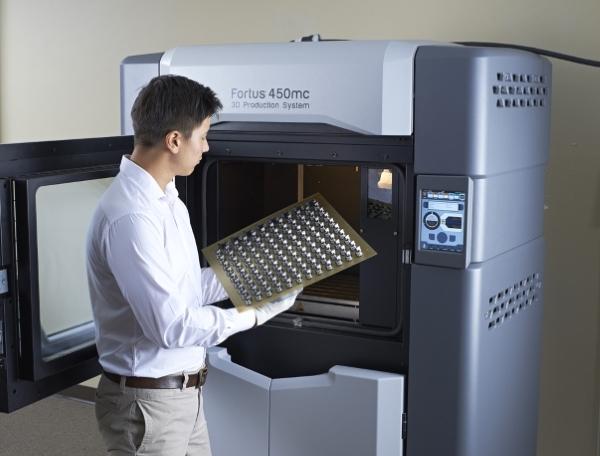 Le leader pharmaceutique français UPSA rentabilise son imprimante 3D dès la première année