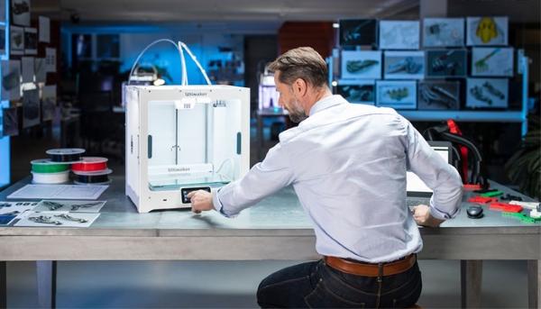 Ultimaker S5 : Ultimaker lance une nouvelle imprimante 3D de bureau professionnelle