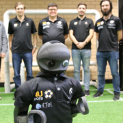 Robocup 2018 : un robot footballeur imprimé en 3D en carbone