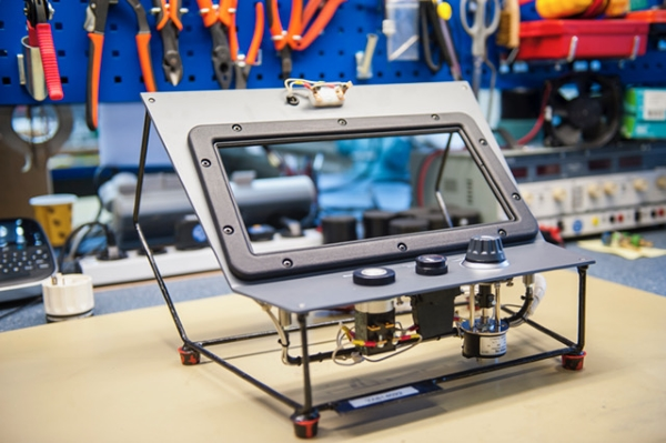cadre tableau de bord de train imprimé en 3D