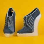 Des chaussures étonnantes combinant tissage traditionnel et impression 3D