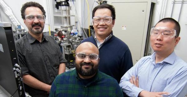 Equipe de chercheurs de l'Université Carnegie Mellon et du laboratoire américain d'Argonne