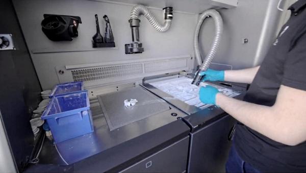 Le français Biotech-dental réduit ses coûts de production de 78 % grâce à l'impression 3D