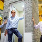 Une cabine de salle bain imprimée en 3D avec des cendres volantes