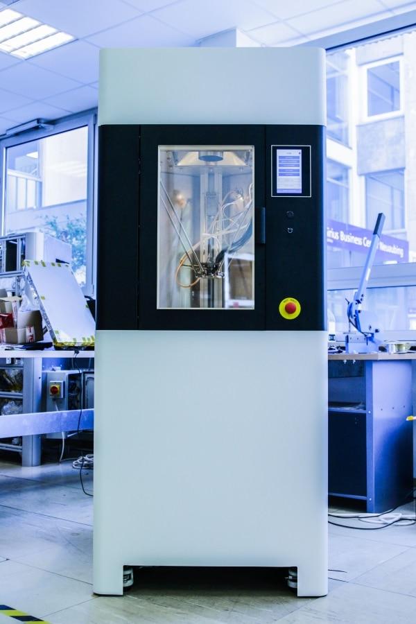 Kumovis lance une imprimante 3D spécialisée dans les dispositifs médicaux en PEEK