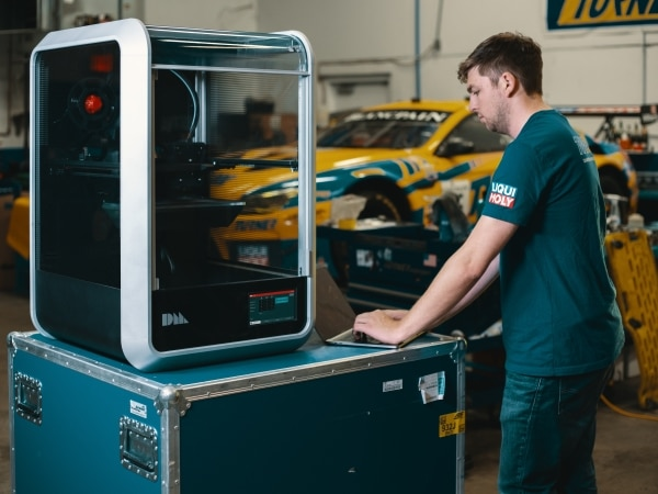 Desktop Metal se lance dans l'impression 3D composite à fibres de carbone