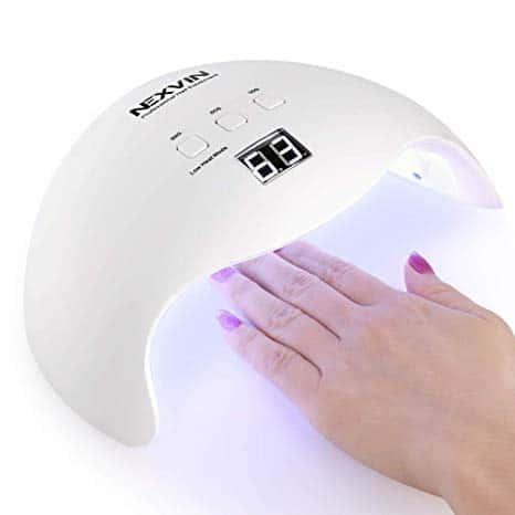lampe à UV pour la manucure