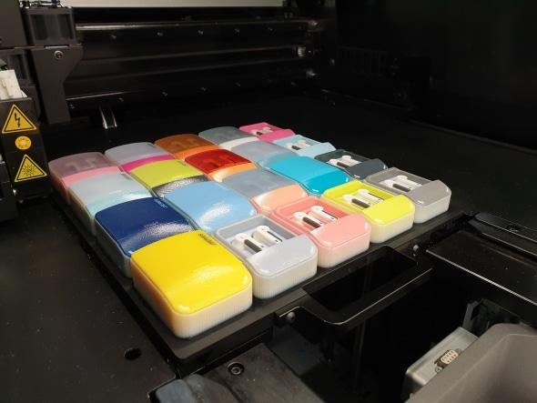 Stratasys lance une nouvelle imprimante 3D couleur à moitié prix