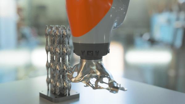 Renishaw et Additive Automations font progresser la suppression automatisée de supports d'impression 3D