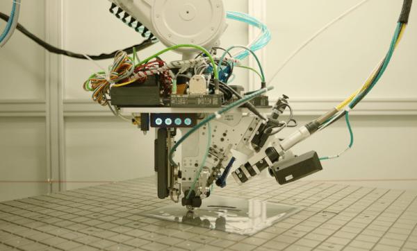 Arevo présente son dernier système de fabrication additive composite grand format