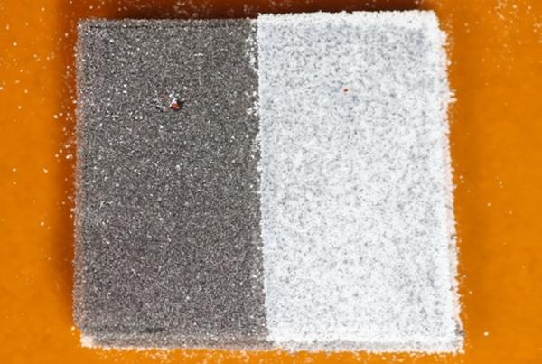 échantillon imprimé en 3D à partir de nylon et de TPU