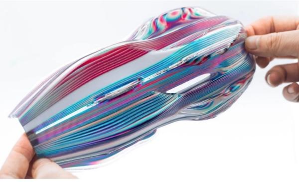 De nouveaux designs dynamiques et interactifs grâce l'impression 3D multi-couleurs et matériaux
