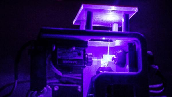 Des chercheurs inventent le SLS inversé pour des impressions 3D multimatériaux