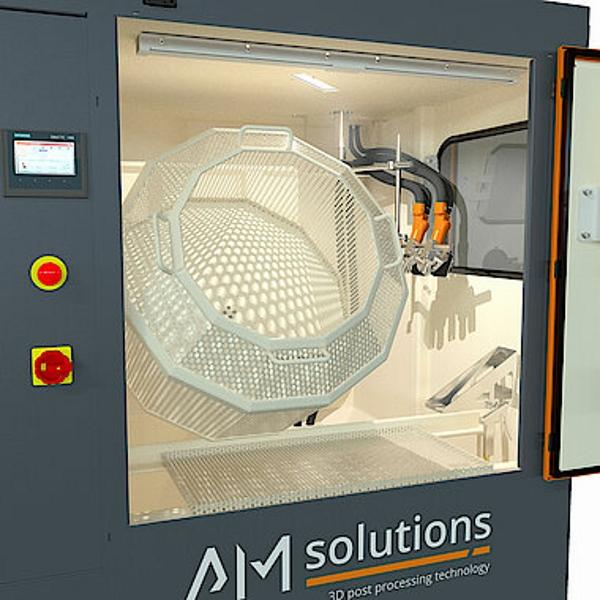 AM Solutions optimise l'enlèvement des poudres et le nettoyage des pièces imprimées en 3D
