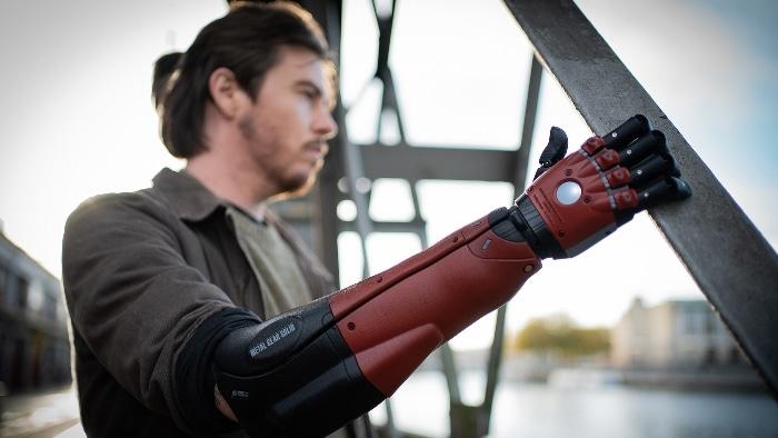 Open Bionics et Konami créent un bras bionique imprimé en 3D inspiré de Metal Gear Solid