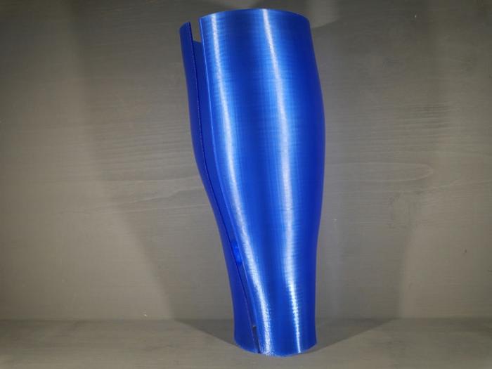 Sur-prothèse imprimée en PETG (Plus de 450 mm de hauteur)