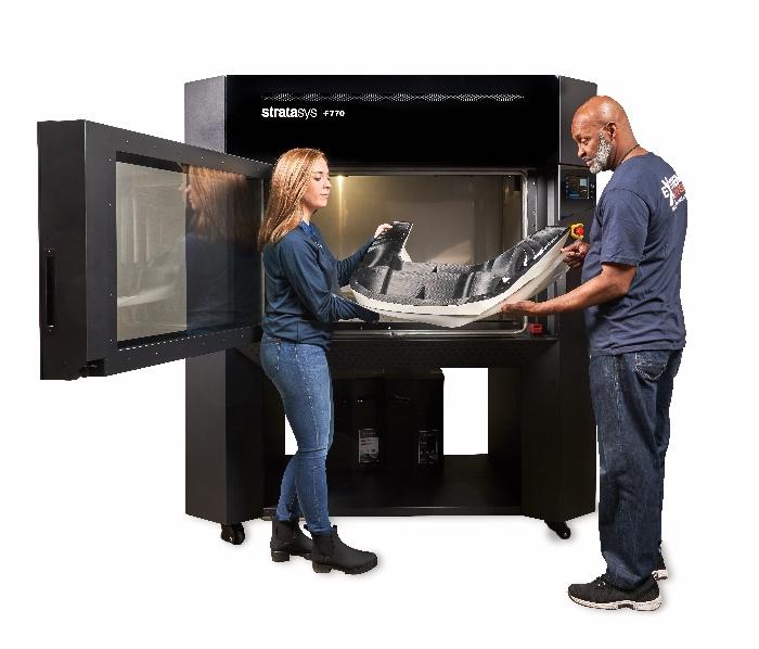 Stratasys : le géant de l'impression 3D polymère accélère avec trois nouvelles imprimantes 3D industrielles