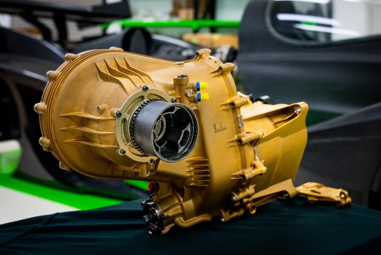 Rodin Cars utilise l'impression 3D pour une boîte de vitesses en titane de 68 kg